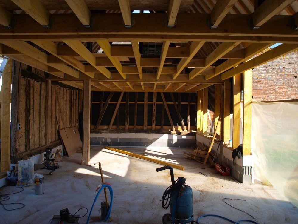auto r novation compl te d 39 une grange en torchis colombages en habitation chantier. Black Bedroom Furniture Sets. Home Design Ideas