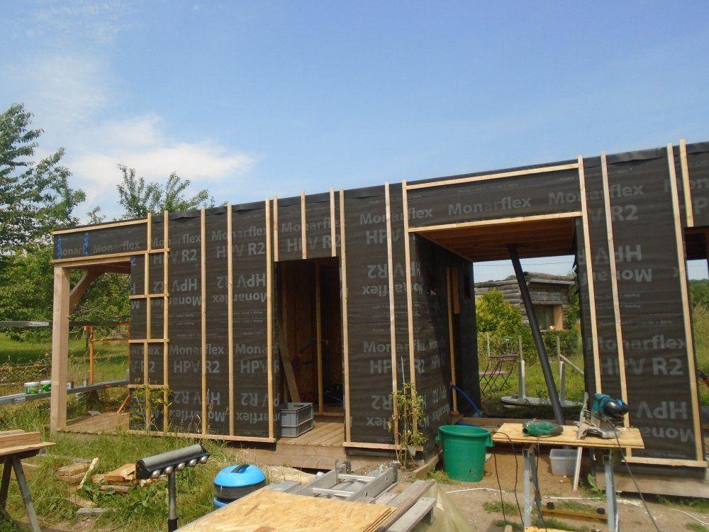 construction d 39 un abri en bois chantier participatif saussignac dordogne 24. Black Bedroom Furniture Sets. Home Design Ideas