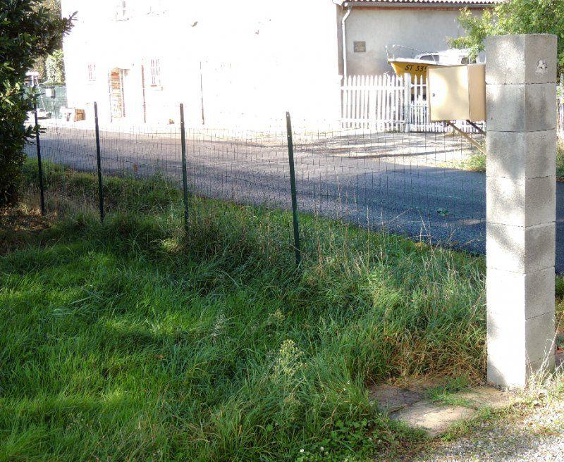 Chantier participatif pose d 39 un portail coulissant et d 39 un canalisation drainante saint lys - Pose d un portail coulissant ...